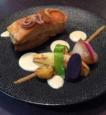 Poitrine de Cochon confite 12 hrs. Restaurant Le XII-Douze de Luynes, pres de Tours en Touraine, Loire Valley