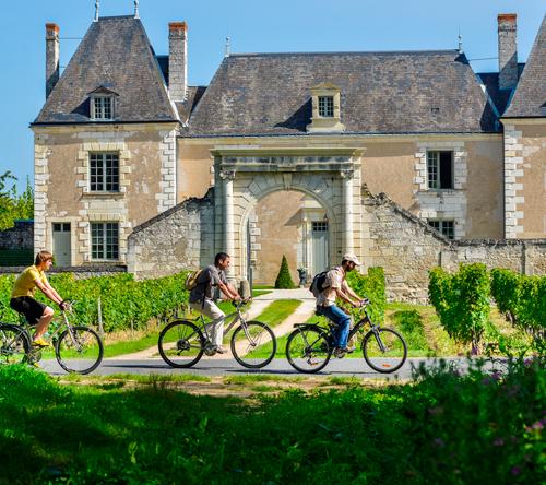 Velo en Touraine, Hotel de Charme, Restaurant Gastronomique, Le XII Douze de Luynes, pres de Tours en Touraine, Loire Valley