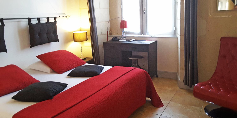 Jolie Chambre Hotel de Charme, Le XII - Douze de Luynes prés de Tours en Touraine, Loire Valley