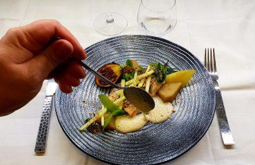 Poisson du Marche, legume automne, restaurant Le XII Douze de Luynes, pres de Tours et Fondettes, Loire Valley