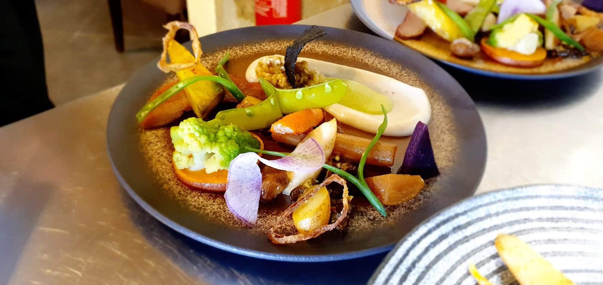 Plat vegetarien au Restaurant Le XII-Douze de Luynes, pres de Tours, Val de Loire, Touraine