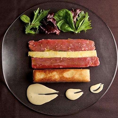 Fines Lamelles Boeuf St. Nectaire, Restaurant gastronomique pres de Tours en Touraine, Loire Valley